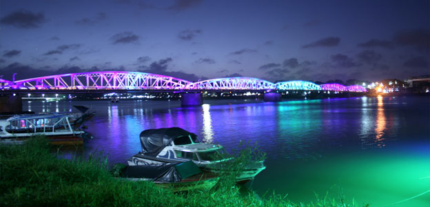 Truong Tien Bridge night view