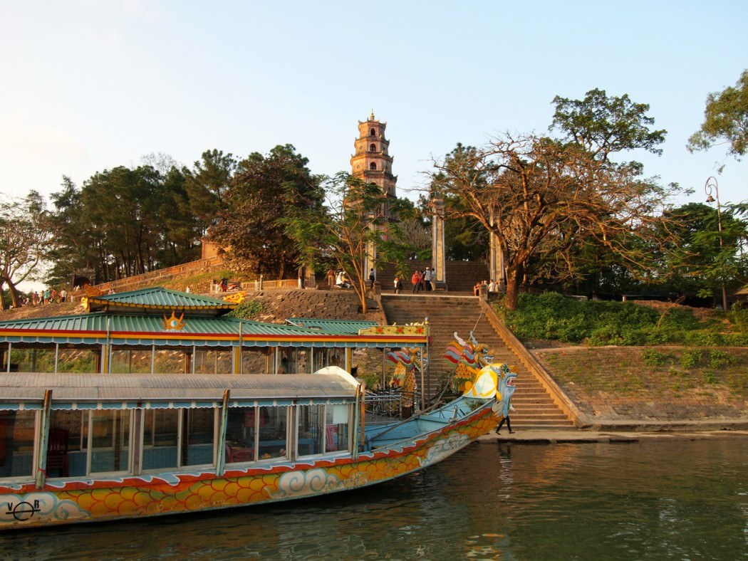 Thiên Mụ Pagoda viewed from a dragon boat